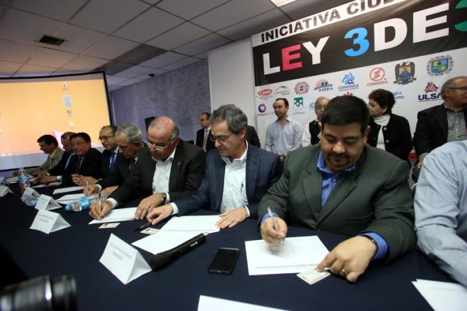 firma-convenio-camaras-escuelas-organizaciones